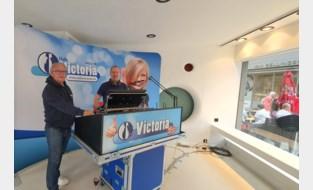 """Radio Victoria opent pop-up in winkelstraat en geeft zo inkijk in studio: """"Een try-out om ons hier later definitief te vestigen"""""""