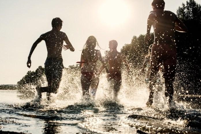 Hier mag je volop plonzen: vijf mooie locaties om te zwemmen in eigen land