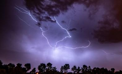 Opnieuw code oranje: KMI waarschuwt voor intense onweersbuien zondagavond