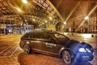 Inbrekers ontkomen aan politie