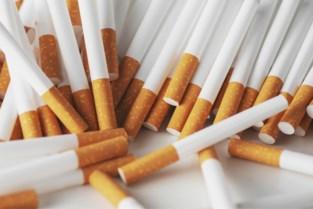 Eén jaar celstraf voor duo dat 12.000 sigaretten stal