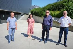 Bruggenbouwer tussen Lokerse scholen Mark Van Bogaert neemt afscheid
