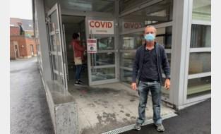 """Coronatestcentrum overspoeld met aanvragen van reizigers: """"We nemen ruim driehonderd tests af per dag"""""""