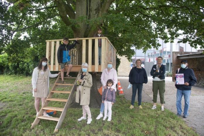 Leerlingen stellen kunstwerkjes tentoon over hele gemeente