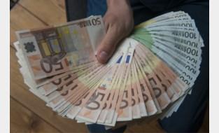'Geldgoochelaar' moet slachtoffer 100.000 euro terugbetalen en krijgt 18 maanden cel