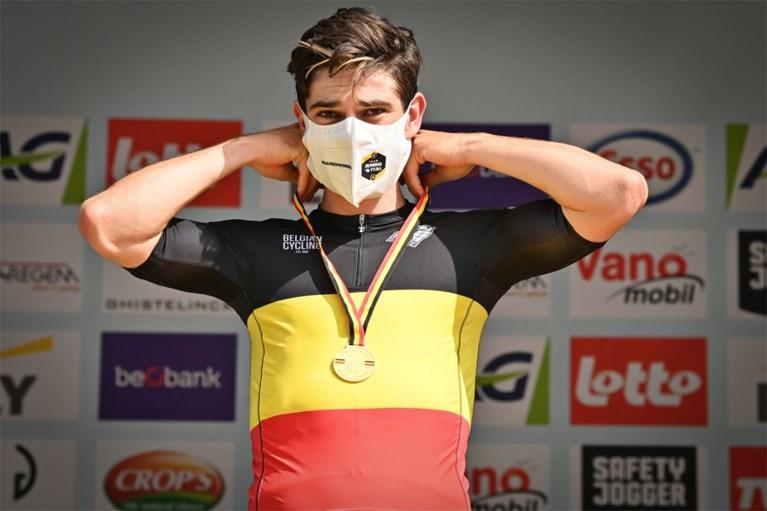 """Wout van Aert over """"drie stressvolle dagen"""" met operatie en zijn twijfels voor de Tour: """"Het wordt een race tegen de klok"""""""