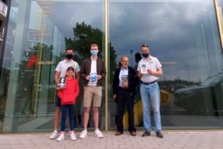 """Vlaams Belang vindt aanbod van politieke boeken in de bib te mager: """"Wouter Beke en Kristof Calvo zijn vlot te ontlenen, van de bestseller van onze voorzitter is er geen spoor"""""""