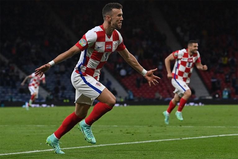 Luka Modric leidt Kroatië met heerlijke goal naar de achtste finale na winst tegen Schotland