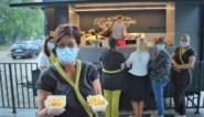 """Na helse periode bakt directeur van woonzorgcentrum Sint Jozef frietjes voor personeel: """"Eindelijk weer wat losser"""""""