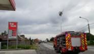 Woningen geëvacueerd en straat afgesloten door gaslek, ook obussen gevonden