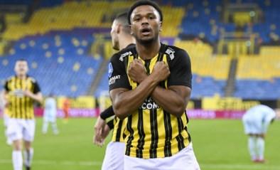 Club Brugge breekt contract van Openda open en verhuurt hem meteen opnieuw aan Vitesse
