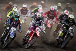 Ook motorcrossers komen weer uit hun kot