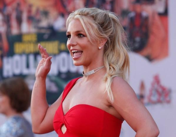 Britney Spears getuigt vandaag zelf in de rechtbank: terwijl zij 2.000 dollar per week krijgt, krijgt haar vader een veelvoud