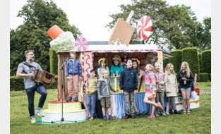 """Gentse volkszanger start met snoepkraam: """"Zo kinderen lokken voor mijn koor"""""""