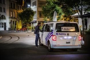 """Twee verdachten opgepakt na gewelddadige overval op Groenplaats: """"Slachtoffer werd geslagen met verkeersbord"""""""