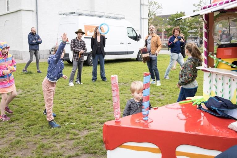 """Gentse volkszanger start met snoepkraam: """"Zo kan ik kinderen lokken voor mijn koor"""""""