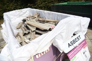 Verenigingen ontvangen subsidie voor weghalen asbest