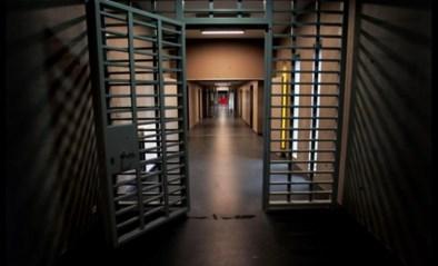 """99-jarige rusthuisbewoner zit in gevangenis: """"Het gaat om moord, dus je moet hem wel opsluiten"""""""
