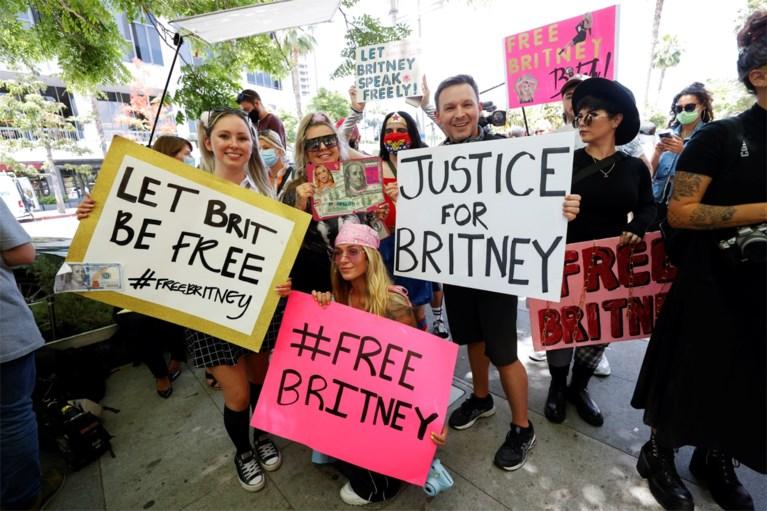 """Emotionele Britney Spears over macht van haar vader: """"Ik mocht niet trouwen en spiraaltje moest blijven"""""""