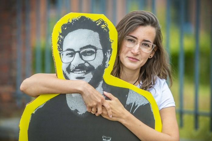 """""""Hij ging zijn familie bezoeken, nu moeten we elkaar vier jaar missen"""": vriend van Gentse zit in Egyptische cel voor drie Facebookposts"""