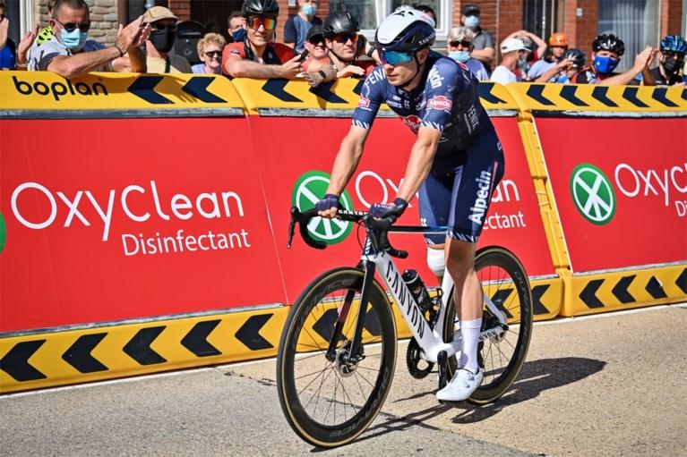 """Jasper Philipsen over zijn knie en twee sprinters naast elkaar in de Tour: """"We zien wel hoe het loopt"""""""
