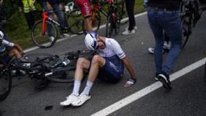 Schade lijkt mee te vallen: Chris Froome ondanks valpartij toch aan de start van tweede Tourrit