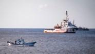 Boot met migranten kapseist in buurt van Lampedusa: minstens 7 doden