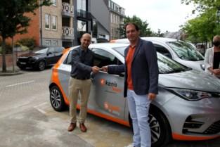 Twee elektrische deelwagens ter beschikking van inwoners