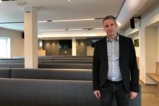 """Voormalige feestzaal wordt omgebouwd tot uitvaartcentrum: """"We hadden het geluk dat het gebouw nog in goede staat was"""""""