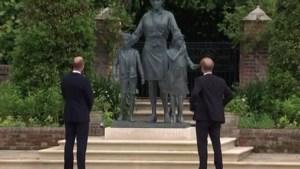 Geen ruzie, geen grote verzoening: prinsen William en Harry onthullen standbeeld voor prinses Diana