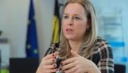 """Staatssecretaris Eva De Bleeker wil geen """"hocus pocus"""" met begroting toelaten: """"Indien nodig schud ik de PS wel wakker"""""""