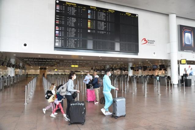 Hoe laat moet ik in de luchthaven zijn als ik mijn vlucht niet wil missen?