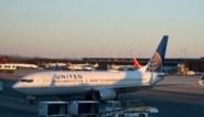 Vliegtuig gaat neer voor de kust van Honolulu, twee piloten gered