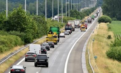 Uur aanschuiven op E313 naar Antwerpen na twee aanrijdingen