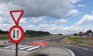 Vaartdijk opnieuw opengesteld na maandenlange werken: fietspad verlegd én verbreed