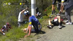 Touretappe opgeschrikt door zware valpartij aan 65 km/u: Tim Declercq gaat tegen de grond, Lotto Soudal verliest nog een renner