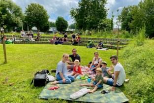 Eerste picknick in Tuin9420