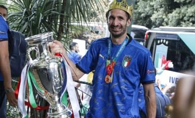 Chouchou Chiellini: hoe de beenharde verdediger van Italië plots de knuffelbeer van Europa is geworden