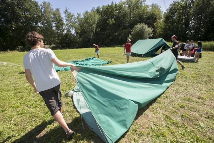 Eerste hulp bij heimwee: zo ga je als ouder om met groot gemis bij je kind op zomerkamp