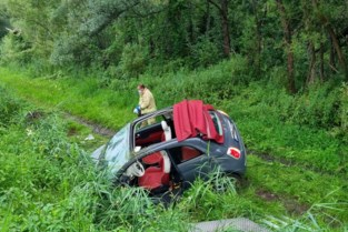 Drie gewonden bij zware klap op N16