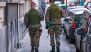 De opdracht van de militairen zit er bijna op, of niet... Wie moet de Joodse wijk in Antwerpen bewaken?