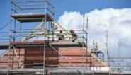 Die baksteen ligt steeds zwaarder op de maag: huis bouwen in half jaar tijd 30.000 euro duurder geworden