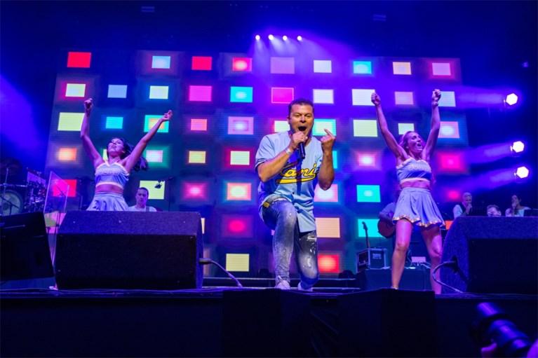 IN BEELD. De Romeo's, Willy Sommers en Bart Kaëll op Schlagerfestival zonder polonaise