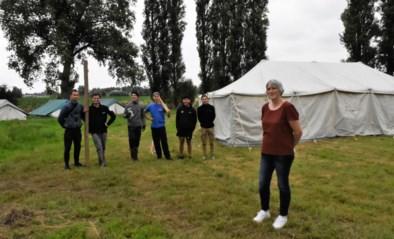 """De Steenbakkershoeve overspoeld met aanvragen voor jeugdkampen: """"Pijn aan het hart om te zeggen dat er geen plaats meer is"""""""