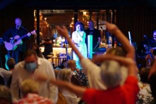 Livemuziek brengt leven in de brouwerij: mini-Gentse Feesten in Sint-Amandsberg