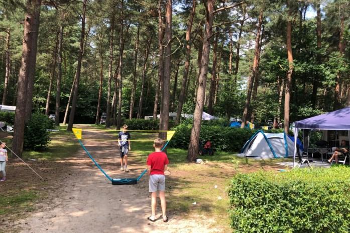 """Campings hebben amper plaats voor kampeerders uit Wallonië: """"We moeten mensen teleurstellen"""""""