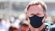 """Teambaas Max Verstappen uit felle kritiek op Lewis Hamilton na zware crash: """"Dit is een zevenvoudig F1-kampioen onwaardig"""""""