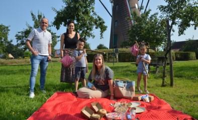 Picknicken vanuit 't Molenhuys met lokale handgemaakte borreltas en knapzak vol spijs en drank