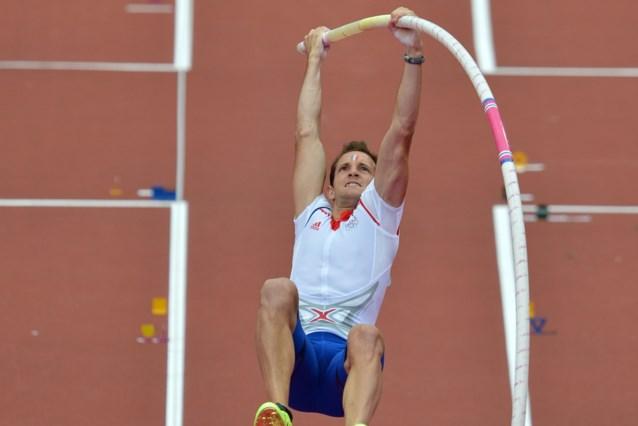 Voormalig olympisch kampioen polsstokspringen Renaud Lavillenie springt opnieuw op training na enkelblessure
