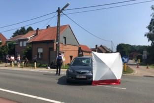 Scooterrijder (85) overleden na zware klap met auto in Herentals